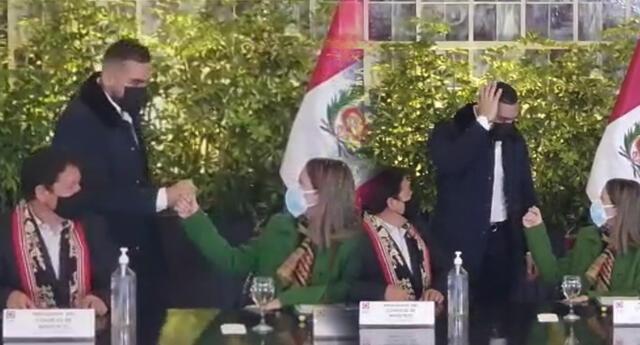 Álvaro Paz de la Barra es captado ignorando el saludo de Guido Bellido