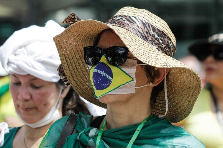 COVID-19: Brasil supera los 10 millones de casos por coronavirus