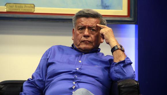 """César Acuña: Indecopi declara infundada la demanda contra autor del libro """"Plata como cancha"""""""