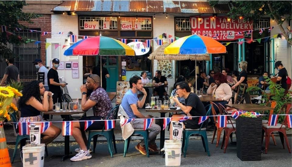 Estados Unidos: Estudio vincula apertura de restaurantes con repunte de casos de COVID-19