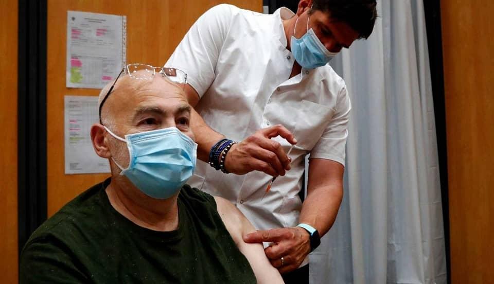 COVID-19: Estudio italiano asegura que vacunas reducen 90% el riesgo de muerte por el virus