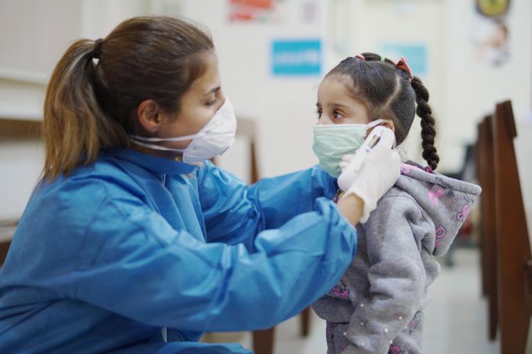 Estados Unidos: Registran más de 225 mil niños hospitalizados por COVID-19