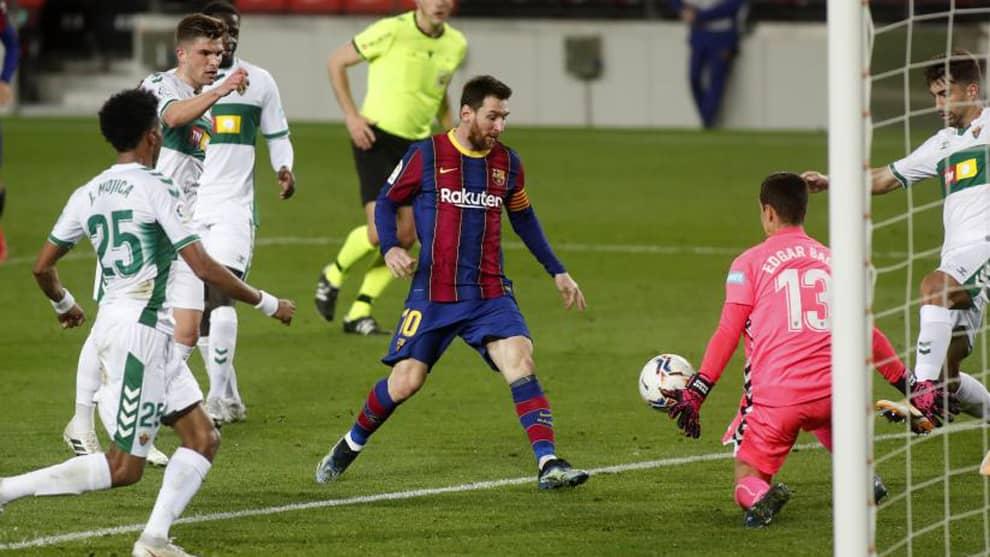 Barcelona golea al Elche con doblete de Lionel Messi [VIDEO]
