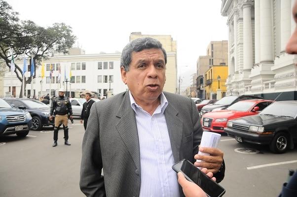 Hernando Cevallos asegura que Perú Libre tiene el objetivo de incrementar la vacunación contra la COVID-19