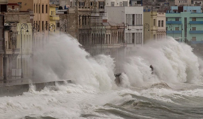 huracanidadejadanosmateriales