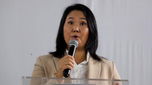 """Keiko Fujimori anuncia que el estado de salud de Alberto Fujimori """"es delicado"""""""
