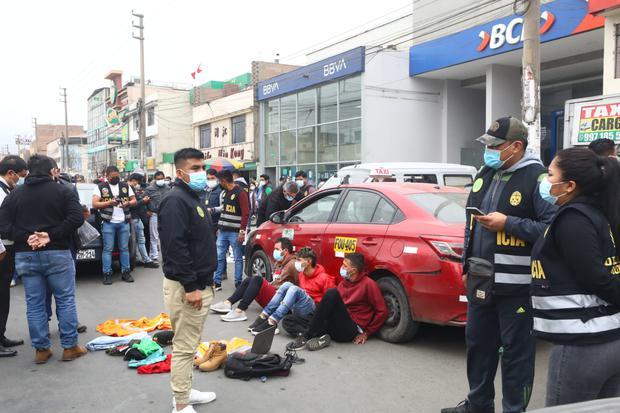 Los Olivos: Sujetos que intentaron asaltar un banco fueron capturados por la Policía