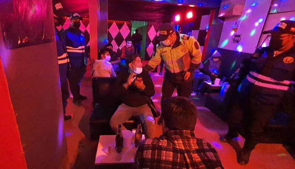 Moquegua: 18 personas detenidas en local nocturno en Ilo