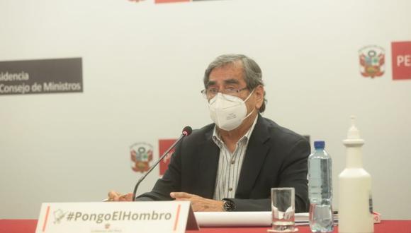 """Óscar Ugarte: """"Al próximo Gobierno le vamos a dejar por lo menos 39 millones de dosis de vacunas contra el COVID-19"""""""