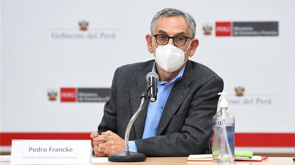 """Pedro Francke sobre pensionistas de la ONP: """"El Estado reconoce sus años de trabajo y contribuciones"""""""