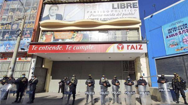 Vladimir Cerrón y Perú Libre solicitaron al PJ dejar sin efecto allanamientos