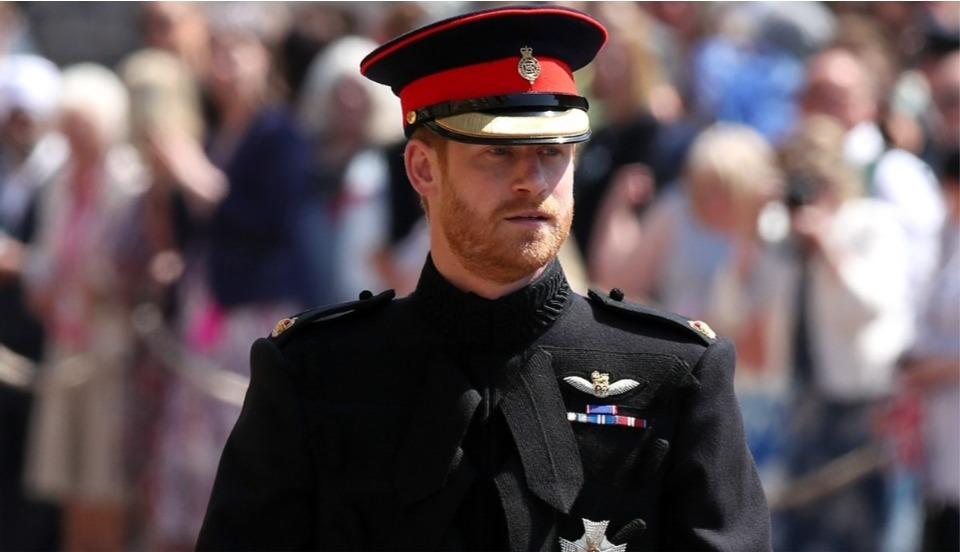 Isabel II rompe la tradición para evitar que el príncipe Harry sea humillado durante el funeral de Felipe de Edimburgo