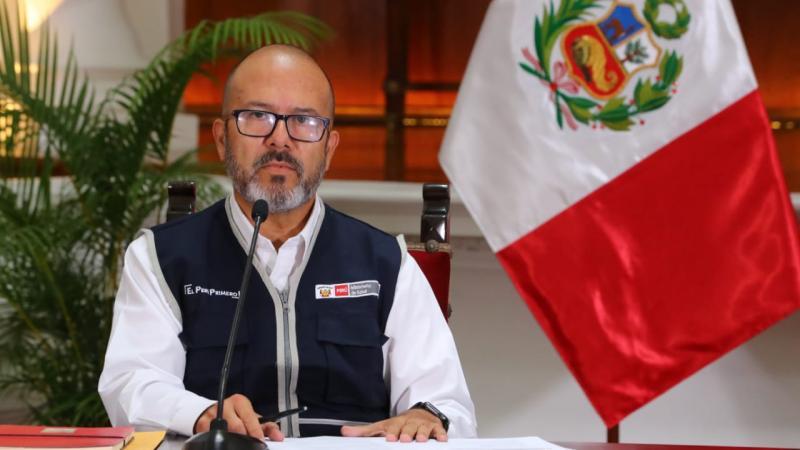 """Víctor Zamora muestra su indignación por funcionarios vacunados: """"Es una noche de vergüenza para el Perú"""""""