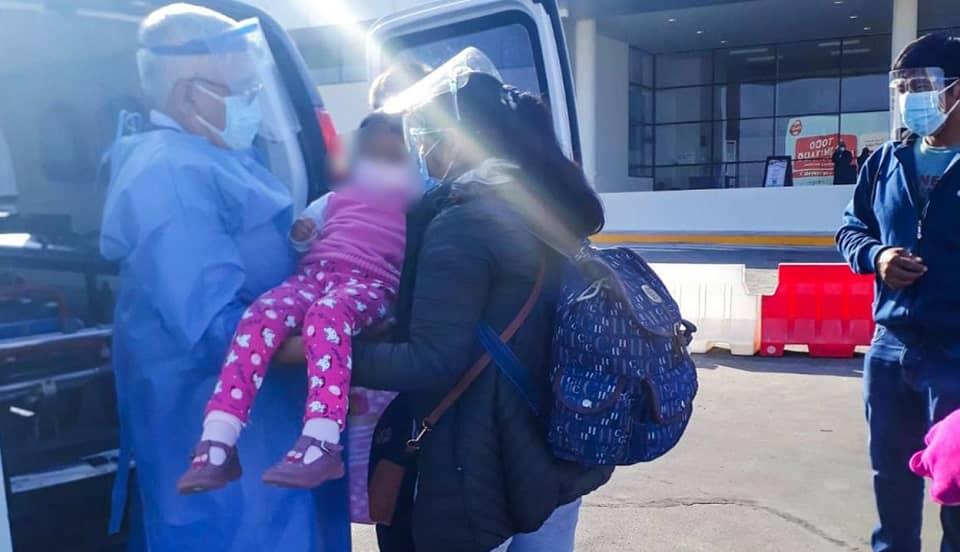 Tacna: niña que tragó pila de casualidad es trasladada a Lima