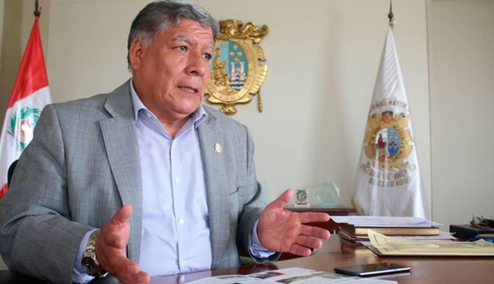 Universidad San Marcos anuncia recuperación de su rector Orestes Cachay