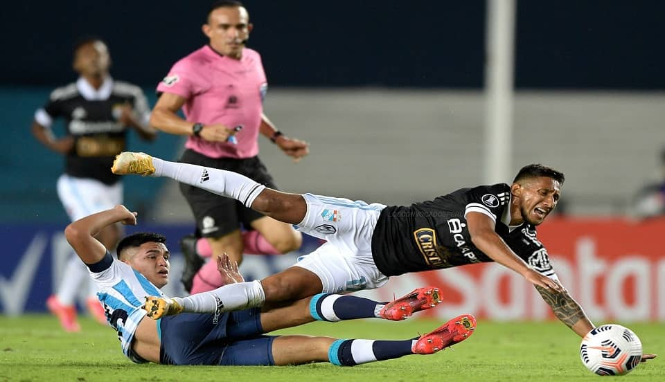 (VIDEO) Sporting Cristal cae ante Racing en Argentina y suma su segunda derrota en Copa Libertadores